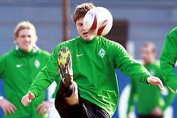 17.03.2010, Weserstadion, Bremen, GER, UEFA Europa League, Abschlusstraining Werder Bremen, im Bild Sebastian Prödl (Proedl AUT Werder #15). EXPA Pictures © 2010, PhotoCredit: EXPA/ nph/  Arend