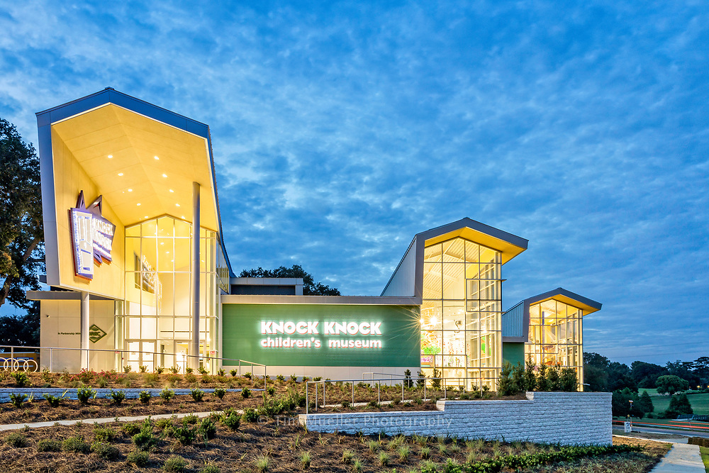 Constructed on a hill overlooking City Park, the Knock Knock Children's Museum has over 26,000 square feet of space for administrative office space and 18 creative learning zones.  Designed by Remson, Haley & Herpin Architects, the museum was constructed by MD Descant Contractors. 1220 Exhibits fabricated the interior exhibits.