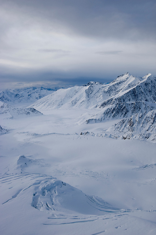 USA, Alaska, Chugach State Park, Aerial view of Matanuska Glacier and Chugach Range peaks in early winter