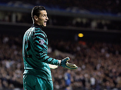 02.11.2010, White Hart Lane, London, ENG, UEFA CL, Tottenham Hotspurs vs Inter Mailand, im Bild Luca Castellazzi of Inter Milan complains with the 5th official, EXPA Pictures © 2010, PhotoCredit: EXPA/ IPS/ M. Pozzetti *** ATTENTION *** UK AND FRANCE OUT!