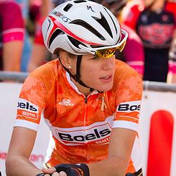 WIELRENNEN, Ladiestour, Tiel: Ellen van Dijk leidster in de Boels Rental Ladies Tour