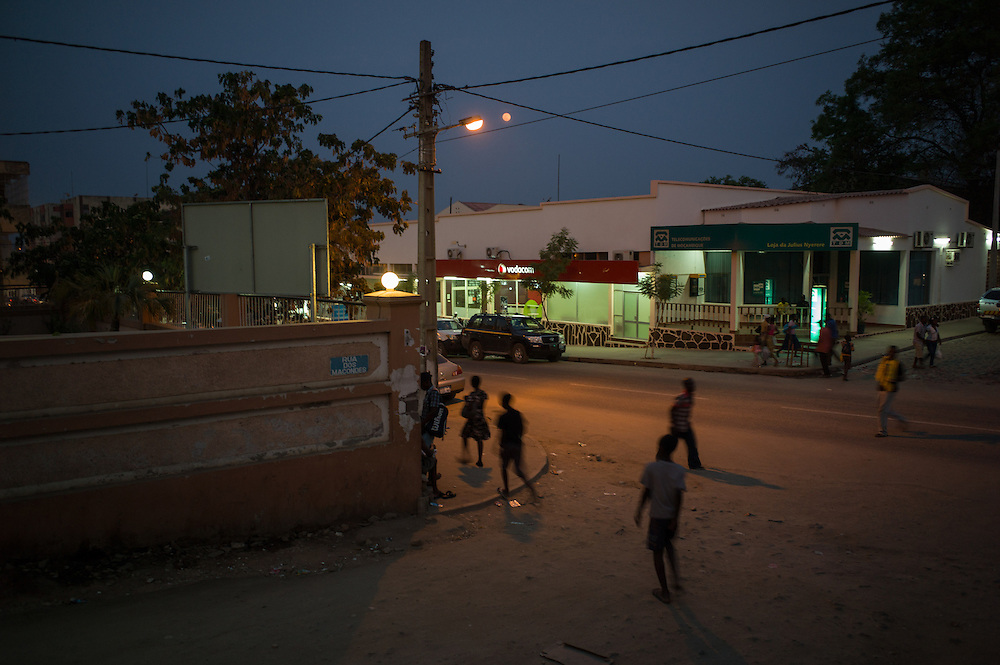 Tete City, Tete Province of Mozambique. Street scene. Tete is currently booming due to its large coal ressources explored mostly foreign companies like Vale or Riversdale/Rio Tinto.