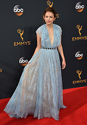 Hannah Murray bei der Verleihung der 68. Primetime Emmy Awards in Los Angeles / 180916<br /> <br /> *** 68th Primetime Emmy Awards in Los Angeles, California on September 18th, 2016***