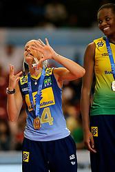 23-08-2009 VOLLEYBAL: WGP FINALS CEREMONY: TOKYO <br /> Brazilie met oa. Fabiana de Oliveira en Fabiana Claudino wint de World Grand Prix 2009<br /> ©2009-WWW.FOTOHOOGENDOORN.NL