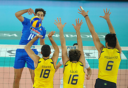 09-10-2010 VOLLEYBAL: FIVB 2010 WORLD CHAMPIONSHIP: ITALIA - BRAZIL: ROME<br /> Alessandro Fei (ITA) Dante, Lucas e Vissotto a muro (BRA)<br /> ©2010- EXPA/ InsideFoto/ Andrea Staccioli +++++ ATTENTION - FOR NETHERLANDS CLIENT ONLY +++++ / / WWW.FOTOHOOGENDOORN.NL<br /> PHOTO AGENCY