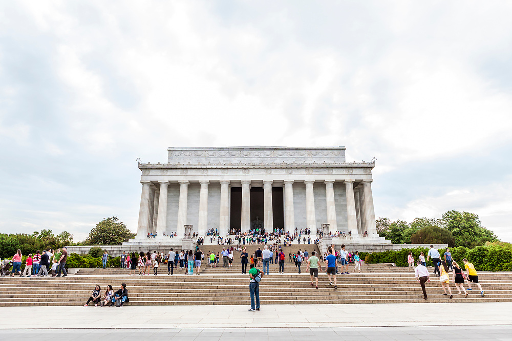 A wide angle view of the Licoln Memorial on the National Mall, Washington, DC, USA.