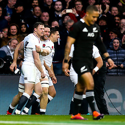 Chris Ashton of England celebrates with teammates after scoring a try - Mandatory by-line: Robbie Stephenson/JMP - 10/11/2018 - RUGBY - Twickenham Stadium - London, England - England v New Zealand - Quilter Internationals