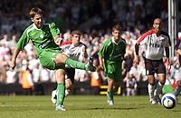 Fotball<br /> England 2005/2006<br /> Foto: SBI/Digitalsport<br /> NORWAY ONLY<br /> <br /> Fulham v Celtic<br /> Pre season friendly<br /> 16.07.2005<br /> <br /> Celtic's Maciej Zurawski misses from the penalty spot..