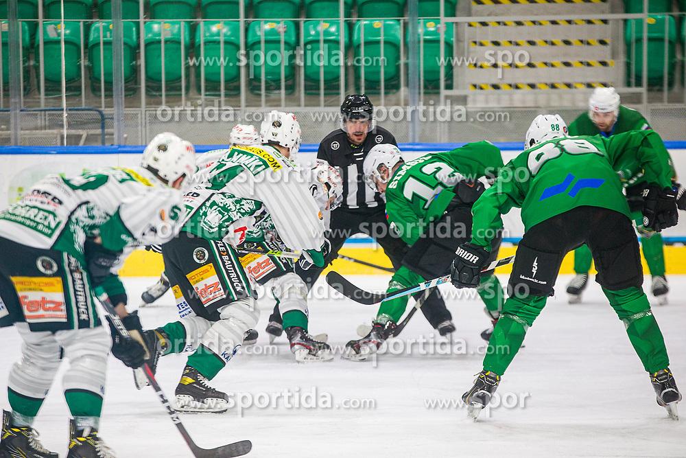 12# Simsic Nik of HK SZ Olimpija Ljubljana during the match of Alps Hockey League 2020/21 between HK SZ Olimpija Ljubljana vs. EC Bregenzerwald, on 09.01.2021 in Hala Tivoli in Ljubljana, Slovenia. Photo by Urban Meglič / Sportida