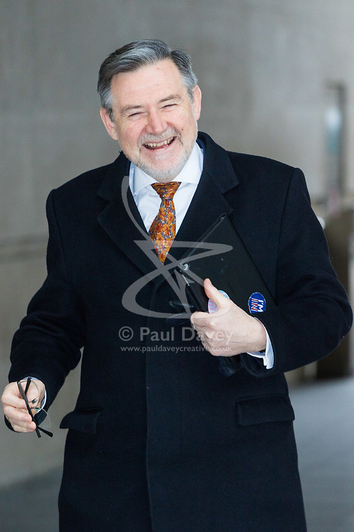 London, January 14 2018. Labour's shadow International Trade Secretary Barry Gardiner arrives for the Daily Politics Show at the BBC's New Broadcasting House in London. © Paul Davey