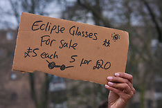 2015-03-20 Thick cloud disappoints solar eclipse crowds on Primrose Hill