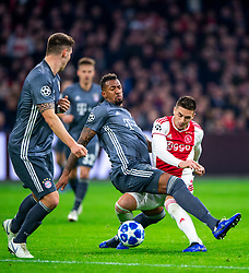 12-12-2018 NED: Champions League AFC Ajax - FC Bayern Munchen, Amsterdam<br /> Match day 6 Group E - Ajax - Bayern Munchen 3-3 / (L-R) Niklas Sule #4 of Bayern Munich, Jerome Boateng #17 of Bayern Munich, Dusan Tadic #10 of Ajax