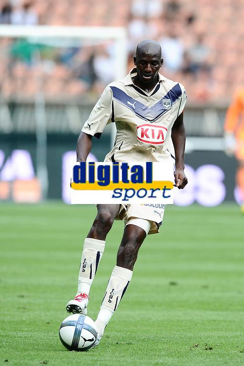 FOOTBALL - TOUNOI DE PARIS 2010 - AS ROMA v GIRONDINS DE BORDEAUX - 31/07/2010 - PHOTO GUY JEFFROY / DPPI - ALOU DIARRA (BOR)