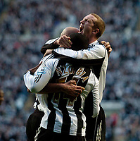 Photo: Jed Wee.<br /> Newcastle United v Portsmouth. The Barclays Premiership. 26/11/2006.<br /> <br /> Newcastle's Peter Ramage (R) celebrates after they take the lead.