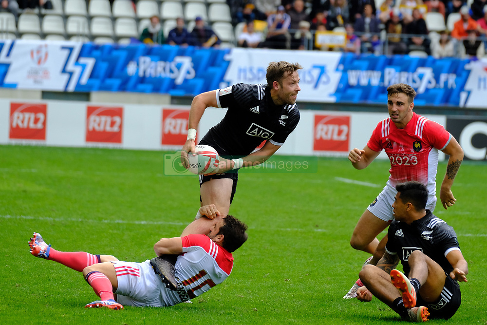 May 14, 2017 - Paris, France - TIM MIKKELSON of New Zealand team during the match against France of HSBC World Rugby Sevens Series at Jean Bouin stadium of Paris France.New Zealand beat France 14-0 (Credit Image: © Pierre Stevenin via ZUMA Wire)