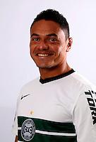 "Brazilian Football League Serie A / <br /> ( Coritiba Foot Ball Club ) - <br /> Helder de Paula Santos "" Helder """