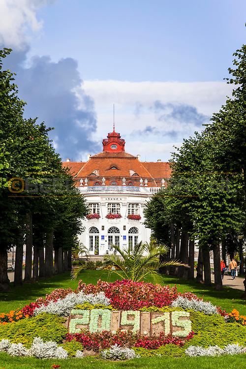 20-09-2015: Stadscentrum in Karlovy Vary (Karlsbad), Tsjechië. Foto: Alzbetiny Lazne (Spa V)
