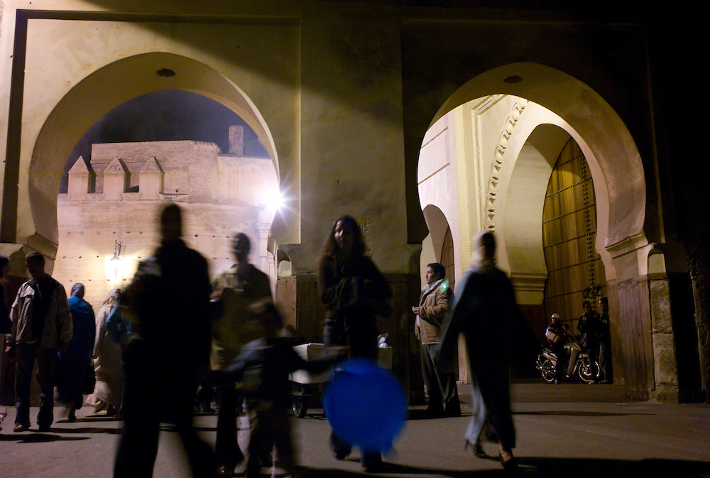 Fasis (locals from Fez) promenade near Bab Smaa and Moulay Hassan Square.
