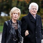 NLD/Leusden/20131107 - Uitvaart Leen Timp, Joke Bruys en ex partner Gerard Cox