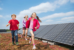 Brother sisters running sport solar energy