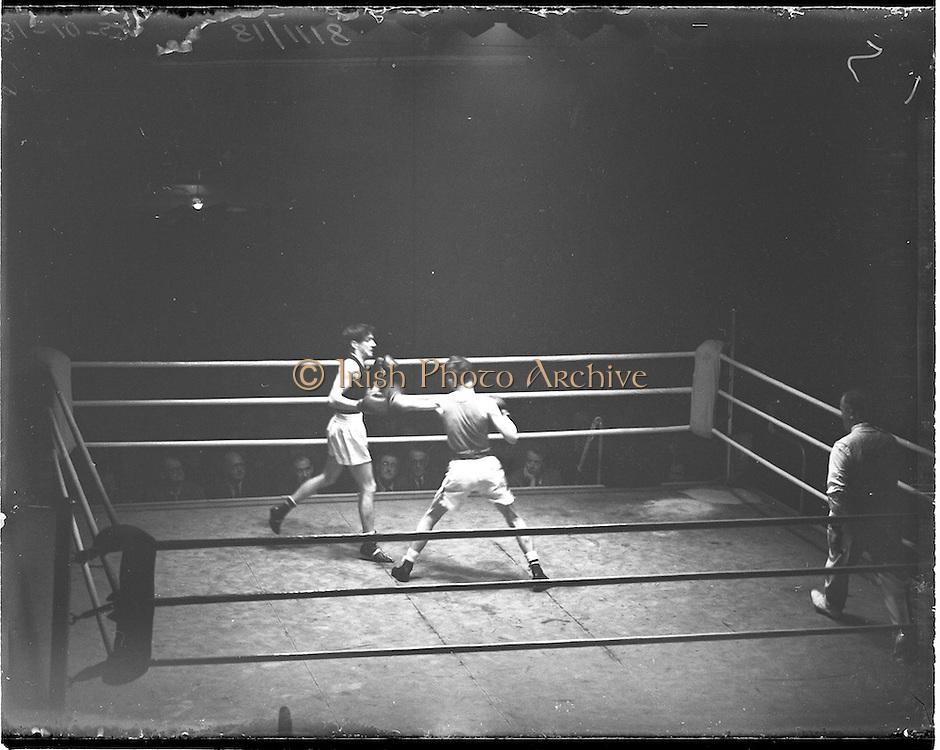 31/10/1952.10/31/1952.31 October 1952.Boxing Germany v Ireland at the National Stadium. .G. McNally v S. Egon.