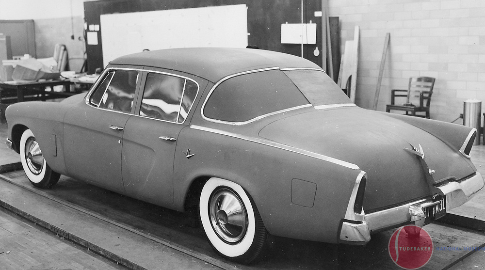 Full-size clay model for 1953 Studebaker sedan based on the coupe/hardtop's proportions.