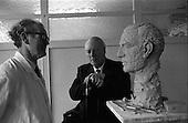1968 - 31/01 Sculptor Seamus Murphy