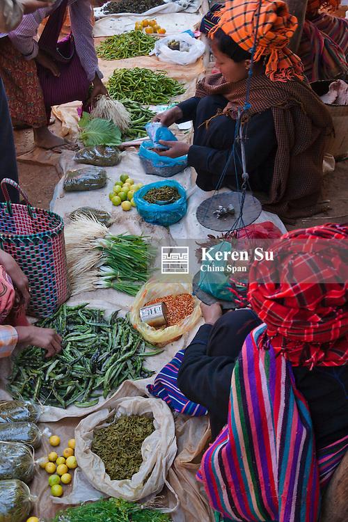 Pa-O people at local market, Inle Lake, Myanmar
