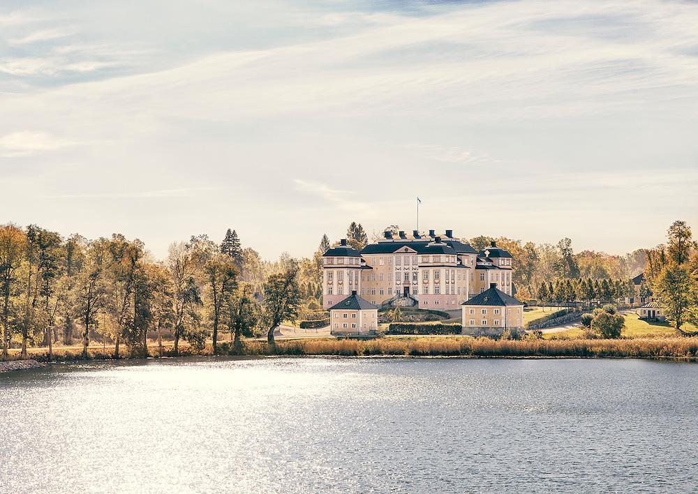 by Erik Lernestål