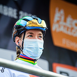 VAN DER BREGGEN Anna ( NED ) – Boels - Dolmans Cycling Team ( DLT ) - NED – Querformat - quer - horizontal - Landscape - Event/Veranstaltung: Flèche Wallonne - Category/Kategorie: Cycling - Road Cycling - Elite Women - Elite Men - Location/Ort: Europe – Belgium - Wallonie - Huy - Start & Finish: Huy - Discipline: Road Cycling - Distance: 202 km - Mens Race - 124 km - Womens Race - Date/Datum: 30.09.2020 – Wednesday - Photographer: © Arne Mill - frontalvision.com30-09-2020: wielrennen: Fleche Walonne; Huy