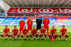 CARDIFF, WALES - Sunday, September 6, 2020: Wales players line-up for a team group photograph before the UEFA Nations League Group Stage League B Group 4 match between Wales and Bulgaria at the Cardiff City Stadium. Back row L-R: Matthew Smith, Tom Lockyer, goalkeeper Wayne Hennessey, Kieffer Moore. Front row L-R: David Brooks, Daniel James, Joseff Morrell, Connor Roberts, Ben Davies, captain Gareth Bale, Ethan Ampadu. (Credit: Football Association of Wales)