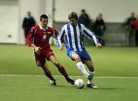 Fotball, Royal League, 17 feb 2005, Brann - Odense, 2-1, Paul Scharner, Brann og Martin Borre, Odense.
