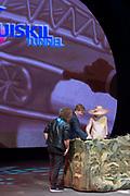 Koning Willem-Alexander en koningin Maxima tijdens hun streekbezoek aan Zeeuws Vlaanderen<br /> <br /> King Willem-Alexander and Queen Maxima  during their visit to Zeeuws Vlaanderen.<br /> <br /> Op de foto / On the photo:  Opening van de Sluiskiltunnel / Opening of the Sluiskil tunnel