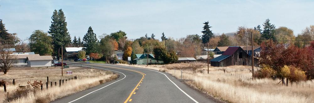 approaching Goldendale, Klickitat County, WA, USA panorama