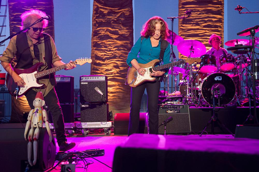 Bonnie Raitt in concert at Fair Saint Louis on July 4, 2014.