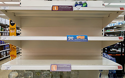 © Licensed to London News Pictures. 27/08/2021. London, UK. Empty shelves of mineral water in Sainsbury's, north London. UK food producers and supermarkets are warning that empty shelves could continue unless the government acts to resolve the shortage of workers and lorry drivers, caused by Brexit and the coronavirus pandemic. Photo credit: Dinendra Haria/LNP