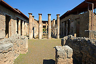 Peristyle of `Roman Villa of Pompeii .<br /> <br /> If you prefer to buy from our ALAMY PHOTO LIBRARY  Collection visit : https://www.alamy.com/portfolio/paul-williams-funkystock/pompeii.html<br /> Visit our CLASSICAL WORLD HISTORIC SITES PHOTO COLLECTIONS for more photos to buy as buy as wall art prints https://funkystock.photoshelter.com/gallery-collection/Classical-Era-Historic-Sites-Archaeological-Sites-Pictures-Images/C0000g4bSGiDL9rw