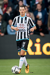 Jeff Hardeveld of Heracles Almelo during the Dutch Eredivisie match between Heracles Almelo and Feyenoord Rotterdam at Polman stadium on September 09, 2017 in Almelo, The Netherlands