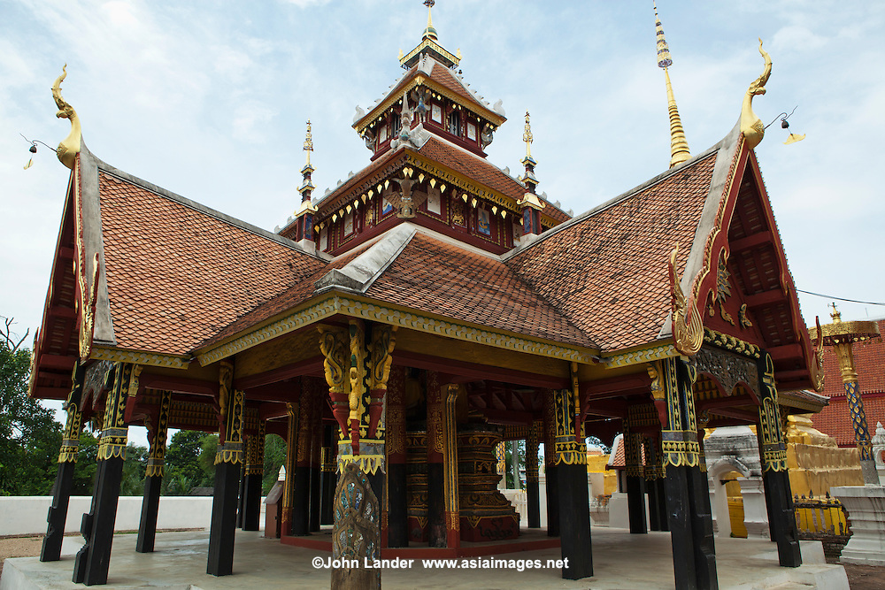 Wat Pongsanuk is a sacred temple in the Pongsanuk community of Lampang. It is estimated that this temple was erected in 1888 by Kru Ba Anochidhamma Jindamuni. This temple is situated at the center of the Pongsanuk community, which is made up of 151 homes and 838 residents. The temple is mixed with a Burmese temple floor plan consisting of a three tiered roof in the centre and phayathat - small upwards of three tier roofs in the same size decorated on the centre, Viharn Phra Chao Pun Ong, Pongsanuk Temple is the unique jewel of Mahayan Buddhism Architecture of Lanna Kingdom.  Following its restoration Wat Ponsanuk received a merit award from UNESCO for its efforts in restoration.