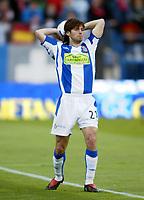 Daniel JARQUE, Spanish Football player and Espanyol defender, throws the ball in. Atletico de Madrid - Espanyol / League 2004-05. Vicente Calderon Stadium, Madrid. 16-04-2005. <br /> Norway only