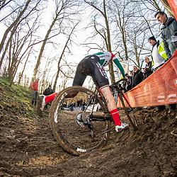 2019-12-15: Cycling: Overijse: Keeping the balance is not allways simple, Kata Blanka Vas