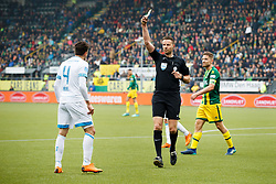 (L-R) Santiago Arias of PSV, referee Pol van Boekel during the Dutch Eredivisie match between ADO Den Haag and PSV Eindhoven at Cars Jeans stadium on April 29, 2018 in The Hague, The Netherlands
