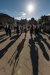 THEMENBILD - Mitglieder der der Skye Youth Pipe Band bei einem Konzert am Marktplatz in Portree, Schottland, aufgenommen am 10. Juni 2015 // Members of the Skye Youth Pipe Band at a concert at the Main square in Portree, Scotland on 2015/06/10. EXPA Pictures © 2015, PhotoCredit: EXPA/ JFK