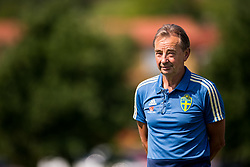 May 29, 2018 - BÃ¥Stad, Sverige - 180529 Tom Prahl, bevakare under Sveriges fotbollslandslags träning den 29 maj 2018 i BÃ¥stad  (Credit Image: © Petter Arvidson/Bildbyran via ZUMA Press)