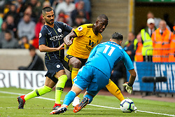 Ilkay Gundogan of Manchester City takes on Willy Boly of Wolverhampton Wanderers and Rui Patricio of Wolverhampton Wanderers - Mandatory by-line: Robbie Stephenson/JMP - 25/08/2018 - FOOTBALL - Molineux - Wolverhampton, England - Wolverhampton Wanderers v Manchester City - Premier League