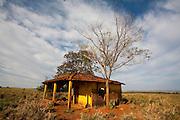 Canapolis_MG, Brasil...Construcao abandonada em Canapolis, Minas Gerais...A desert construction in Canapolis, Minas Gerais...Foto: LEO DRUMOND / NITRO
