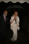 PRINCE AND PRINCESS MICHAEL OF KENT, Cartier dinner in the Chelsea Physic Garden. 22 May 2006. ONE TIME USE ONLY - DO NOT ARCHIVE  © Copyright Photograph by Dafydd Jones 66 Stockwell Park Rd. London SW9 0DA Tel 020 7733 0108 www.dafjones.com