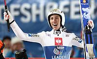 Hopp<br /> FIS World Cup<br /> 06.01.2014<br /> Bischofshofen Østerrike<br /> Foto: Gepa/Digitalsport<br /> NORWAY ONLY<br /> <br /> FIS Weltcup der Herren, Vierschanzen-Tournee. Bild zeigt den Jubel von Thomas Diethart (AUT).