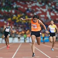 B Div Girls 4x100m