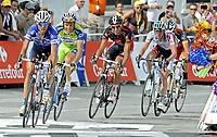 Sykkel<br /> Tour de France 2010<br /> 13.07.2010<br /> Foto: PhotoNews/Digitalsport<br /> NORWAY ONLY<br /> <br /> KEVIN DE WEERT - IVAN BASSO - JURGEN VAN DEN BROECK - LANCE ARMSTRONG<br /> <br /> ETAPE 9 : MORZINE AVORIAZ - SAINT-JEAN-DE-MAURIENNE